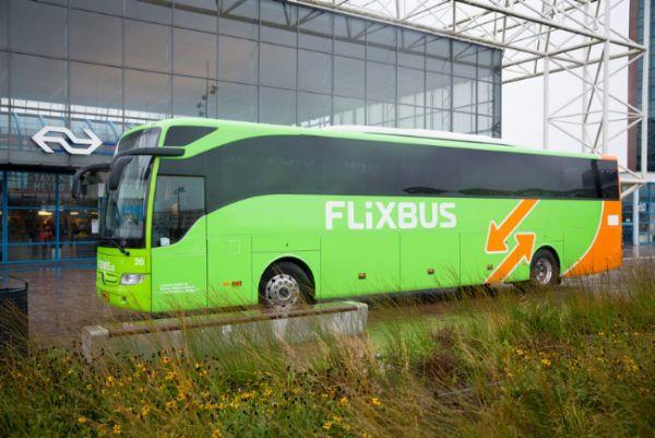 flixbus wil lijndienst naar luchthavens schiphol en eindhoven. Black Bedroom Furniture Sets. Home Design Ideas