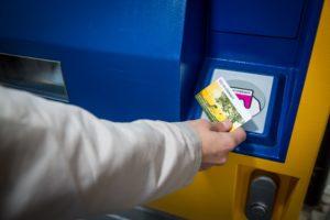 NS vereenvoudigt kaartautomaat