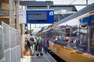 AH treinkaartje (dagretour, e-ticket): 19 euro
