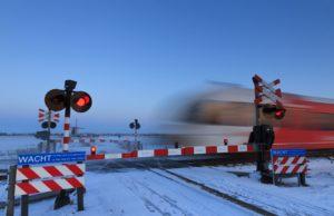 Onderzoeksraad: Spoorwegovergangen moeten veiliger