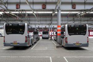Rover tegen afschaffen contant geld in de bus