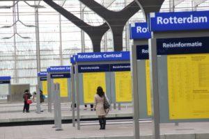 Metro en treinverkeer naar Rotterdam stilgelegd