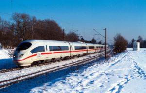Tot 22 uur vertraging voor Duitse treinreizigers door ijzel