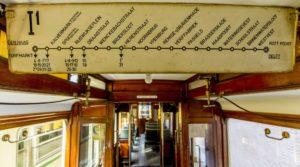 Koning geeft startschot optocht historische trams – 150 jaar trams