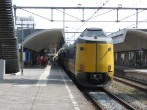 FNV is boos vanwege schone treinen