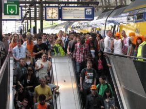 Treinverkeer Arnhem op Koninginnedag enige tijd gestremd door storing