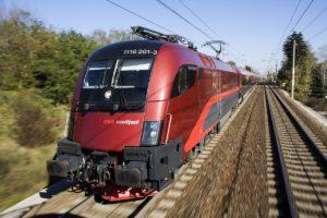 Oostenrijk wil even punctueel worden als Zwitserse spoorwegen