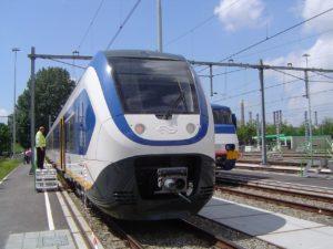 Rover bekritiseert geschrapte treinen tijdens SAIL
