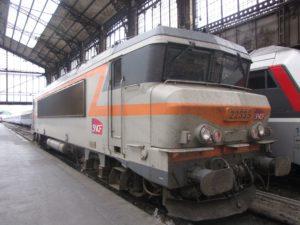 Sticker helpt examenkandidaat bij Franse treinstaking