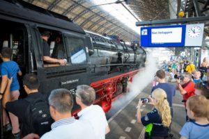 In beeld: Bijzondere treinen tijdens SAIL