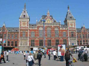 Mogelijk toch 10 sporen voor Amsterdam Centraal