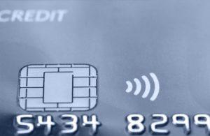 Vanaf 2016 betalen met bankpas of mobieltje in OV