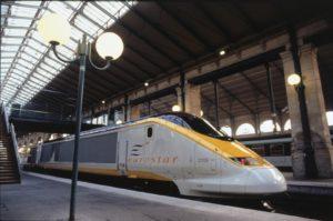 Eurostar reizigers opnieuw uren lang vast in de kou