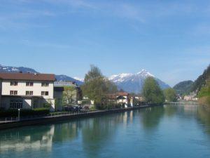 Trein naar Interlaken
