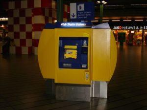 Kaartautomaten NS jaar niet geskimd