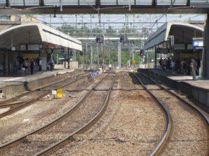NS verwacht vertragingen door glad spoor