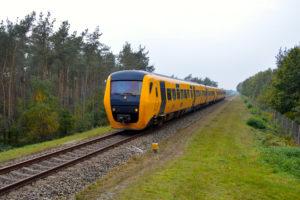 Dieseltrein kan niet rijden door kapotte bovenleiding