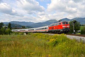 Storm Xavier: Tot zondag hinder voor Duitse treinreizigers
