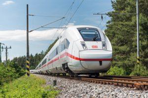 Duits treinkaartje 10% goedkoper door lagere btw. DB koopt extra ICE's