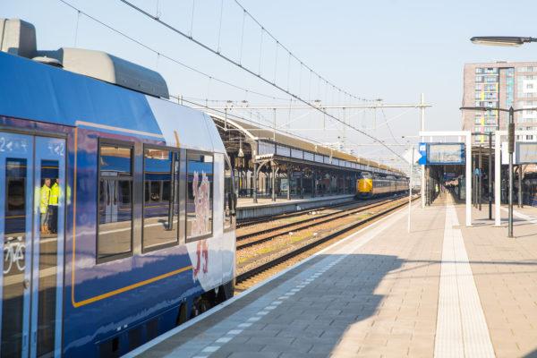 Arriva trein (Spurt) te Nijmegen