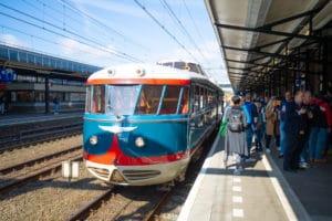 NS draagt Kameel over aan Spoorwegmuseum