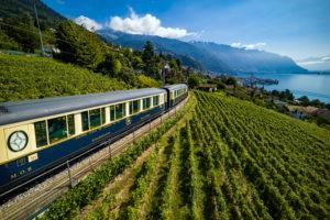 Wegdromen via 'Zwitserland per trein': van panoramatreinen tot nostalgische ritten
