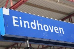 Eindhoven Centraal urenlang onbereikbaar door relschoppers